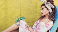 Ariana Grande (Teen Vogue)