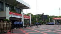 Menteri Dalam Negeri Tjahjo Kumolo saat jadi pembina upacara di Kantor Kemendagri, Jl Merdeka Utara