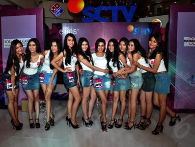 Setelah melalui tantangan dewan juri, terpilih 10 besar Miss Celebrity Jakarta 2014, (21/9/14). (Liputan6.com/Miftahul Hayat)