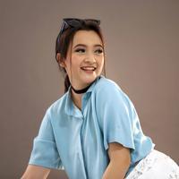 Bintang sinetron Megan Domani berhasil menyabet penghargaan sebagai artis Pendukung Wanita Paling Ngetop. Ia sukses menyabet penghargaan berkat perannya dalam sinetron Anak Masjid. (Nurwahyunan/Bintang.com)