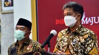 Menteri Kesehatan RI Budi Gunadi Sadikin memberikan keterangan pers perkembangan COVID-19 usai Rapat Terbatas di Kantor Presiden, Jakarta, Senin (5/4/2021) sore. (Biro Pers Sekretariat Presiden)