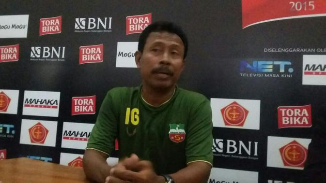 Pelatih Persebaya Ibnu Grahan (Liputan6.com/Fathi Mahmud)