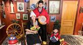 Dua tahun menikah, Eriska Rein dan Mithu dikaruniai anak pertama. Tepat pada 22 Juni 2016 anaknya lahir dengan jenis kelamin laki-laki. Anaknya diberi nama Mikhail Zayn Muhsin yang dilahirkan secara normal. (Liputan6.com/IG/@eriskarein)