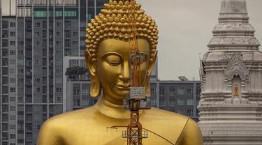 Patung Raksasa Bangkok