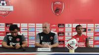Konferensi pers PSM Makassar Vs PSS Sleman di Stadion Andi Mattalatta Mattoangin, Sabtu (29/2/2020). (Bola.com/Abdi Satria)