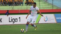 Wallace Costa Alves ditunjuk menjadi kapten Persela Lamongan. (Bola.com/Aditya Wany)