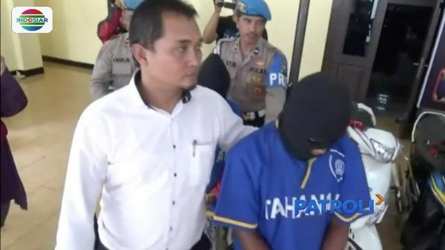 Polisi berhasil menangkap pelaku pembunuhan sadis terhadap dua tokoh masyarakat di Wonorejo, Pasuruan, Jawa Timur, yang jasadnya ditemukan terikat dan hangus.