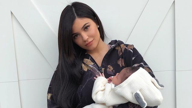 Kylie dan baby Stormi/copyright instagram/kyliejenner