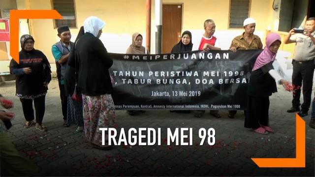 Kerusuhan berdarah terjadi Mei 1998, ratusan korban tewas dalam peristiwa ini. Keluarga korban memperingati 21 tahun tragedi mei 98 di salah satu lokasi pecahnya kerusuhan.