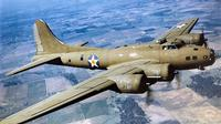 Jet pembom dan pengintai (reconnaissance aircraft) Boeing B-17 Flying Fortress AS (U.S. Air Force)