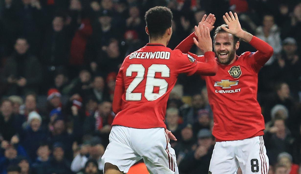 FOTO Manchester United Pesta Gol Ke Gawang AZ Alkmaar