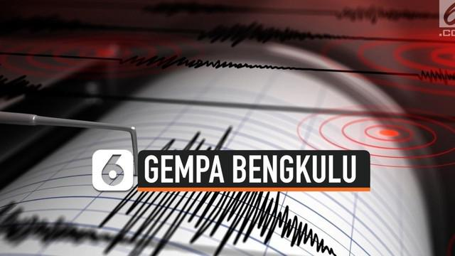 Hari ini Bengkulu dua kali diguncang gempa. Gempa kedua dengan magnitudo 5 terjadi pada pukul 10:00 WIB. Gempa tidak menimbulkan potensi tsunami.