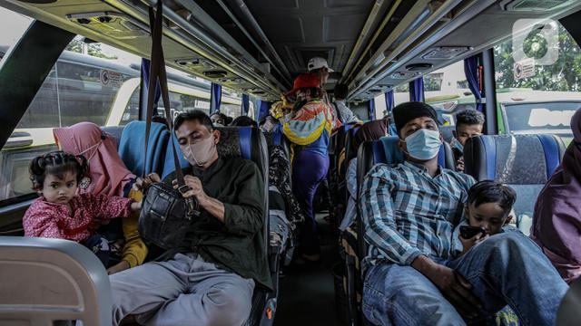 Dilarang Mudik, WNI di Luar Negeri Disarankan Tunda Kepulangan Jika Tak Mendesak