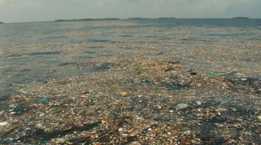 Sampah plastik (1)