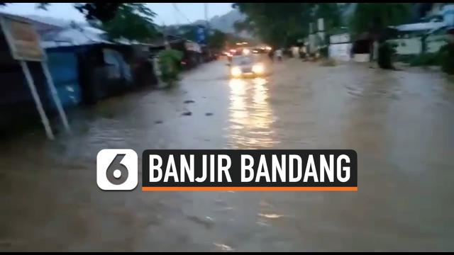 thumbnail banjir bandang lombok