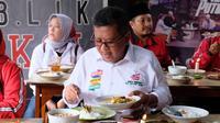 Cara Hasto Promosikan Cita Rasa Nusantara, Makan Siang Pakai Jengkol (FOTO: DOK PDIP)