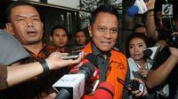 Presiden Komisaris PT MRA Soetikno Soedarjo memberikan keterangan usai menjalani pemeriksaan di Gedung KPK, Jakarta, Rabu (7/8/2019). Soetikno ditahan terkait dalam kasus dugaan suap pengadaan mesin Rolls-Royce PLC asal Inggris untuk pesawat Airbus milik Garuda Indonesia. (merdeka.com/Dwi Narwoko)