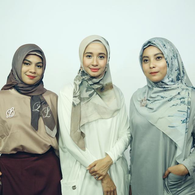 Tutorial Hijab Ala Laudya Chintya Bella