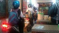 Warung Super Nyeleneh yang Hanya Bisa Ditemui di Indonesia