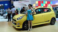 PT Astra Daihatsu Motor kembali menggoda para pengunjung GIIAS 2015 dengan menampilkan edisi terbatas dari model Terios dan Ayla