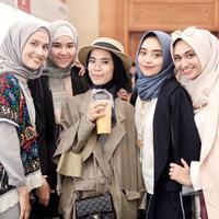 Selebgran hijabers. (via: Instagram/iymel)