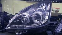 Lampu utama mobil. (Arief/Liputan6.com)