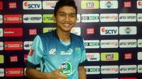 Dendy Sulistiawan (Persela) bicara peluangnya masuk seleksi Timnas Indonesia. (Bola.com/Fahrizal Arnas)