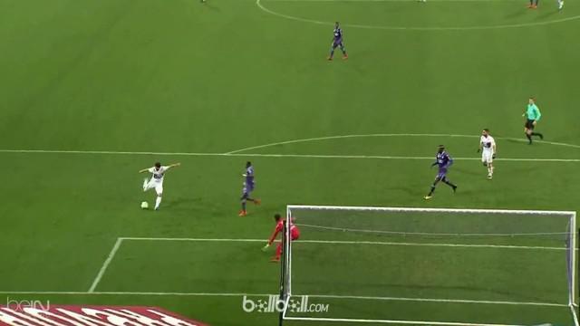 Berita video highlights Ligue 1 2017-2018 antara Toulouse melawan Lyon dengan skor 1-2. This video presented by BallBall.