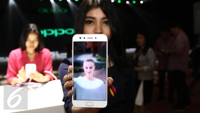 Raisa dan Isyana Ramaikan Peluncuran Oppo F3