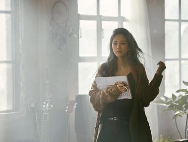 Bagi para penggemr k-pop, pasti sudah asing dengan Heize. Wanita kelahiran 9 Agustus 1991 ini merupakan salah satu penyanyi solo Korea Selatan yang populer. (Foto: instagram.com/heizeheize)
