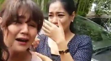 Dalam sebuah video yang diunggah Dian Sastro di instagram, tampak suasana haru di hari terakhir syuting AADC 2 pada November 2015 lalu.