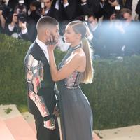 Setelah mengejutkan para penggemarnya tentang kandasnya hubungan Zayn Malik dan Gigi Hadid akhirnya memutuskan untuk merajut kembali jalinan asmaranya. (AFP/Bintang.com)