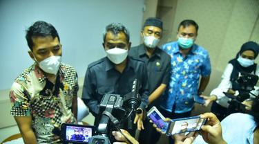 Kepala Dinas Pendidikan Kota Surabaya Supomo. (Dian Kurniawan/Liputan6.com)