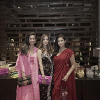 Ahikoza berkolaborasi dengan desainer asal India, Arphita Mehta, menghasilkan koleksi tas yang eksotis (Foto: Ahikoza)
