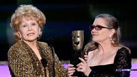 Debbie Reynolds dan Carrie Fisher. (E! News, Kevin Mazur/WireImage)