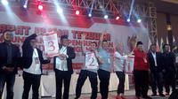 Tiga pasangan calon Pilkada Kota Malang, Jawa Timur, usai undian nomor urut (Liputan6.com/Zainul Arifin)