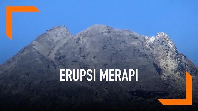 Semburan awan panas kembali terlihat di puncak Gunung Merapi. Pagi ini sudah 3 kali guguran awan panas terlihat di kawah Merapi.