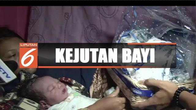 Untuk memperingati hari ulang tahun ke-29, SCTV memberikan kejutan hadiah berupa bingkisan dan uang untuk bayi yang lahir di tanggal 24 Agustus.