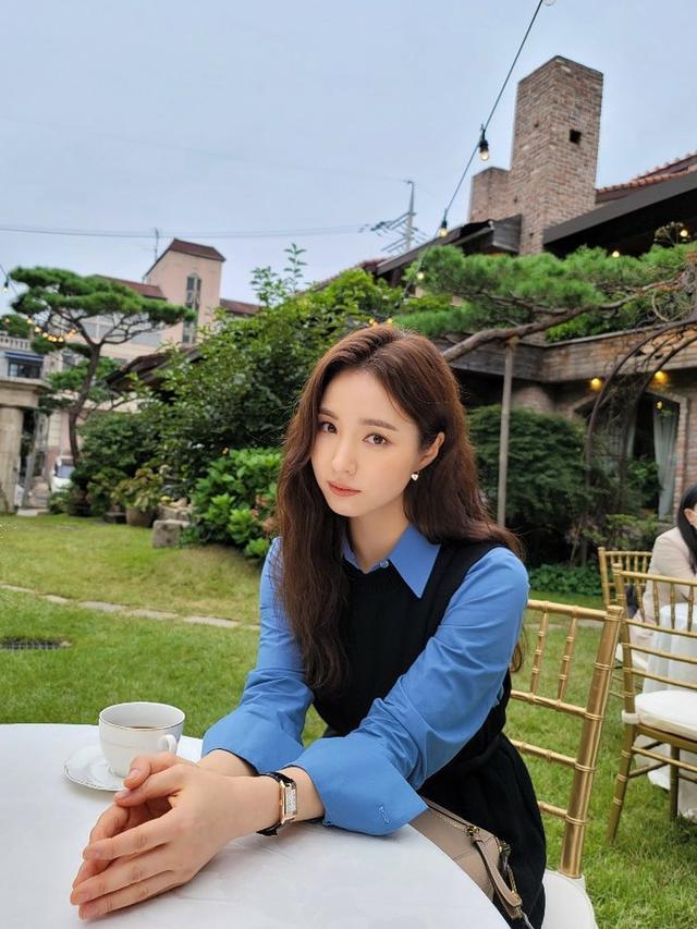 Shin Se Kyung. (Instagram/ sjkuksee)
