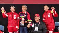 Leani Ratri Oktila/Khalimatus Sadiyah merebut emas sektor ganda putri kelas SL3-SU5 bulutangkis Paralimpiade Tokyo 2020, Sabtu (04/09/2021). (NPC Indonesia)