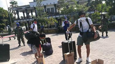 Pekerja migran tiba di Bali