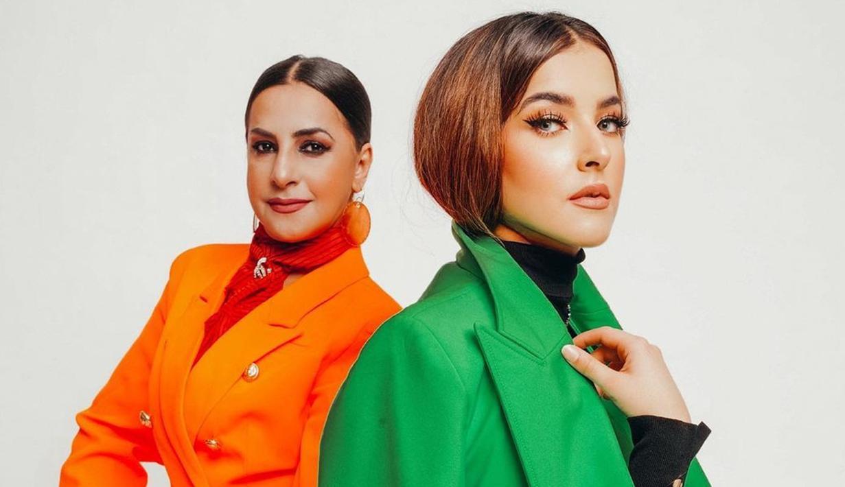 Tasya Farasya dan ibunda, Ala Alatas tampil menawan dalam pemotretan terbaru. Menggunakan busana oranye dan hijau, keduanya juga terlihat begitu kompak. (Liputan6.com/IG/@ala_instyle)