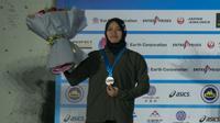 Atlet panjat tebing Indonesia, Aries Susanti meraih medali perak di kejuaraan dunia panjat tebing di Wujiang (dok: FPTI)