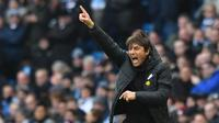 Pelatih Chelsea, Antonio Conte lahir di Lecce , Italia 31 Juli 1969 dan melakukan debut bersama The Blues di Premier League pada 15 August 2016 saat melawan West Ham United. (AFP/Anthony Devlin)