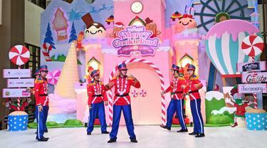 Tangcity Mall menggelar pertunjukan musical atau hiburan bertajuk Merry Cookieland hingga 3 Januari 2021.