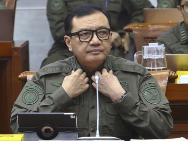 Kepala BIN Budi Gunawan saat mengikuti rapat kerja dengan Komisi I DPR di kompleks Parlemen, Senayan, Jakarta, Rabu (12/2/2020). Rapat kerja tertutup ini tersebut membahas isu-isu aktual. (Liputan6.com/Johan Tallo)