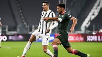 Sang megabintang Cristiano Ronaldo tampil beringas dengan memborong dua gol. (Marco Alpozzi/LaPresse via AP)