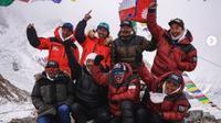 Para pendaki Nepal berhasil mencapai puncak Gunung K2 yang dikenal gunung yang mematikan (dok.instagram/@nimsdai/https://www.instagram.com/p/CKGyyPDBNL-/Komarudin)
