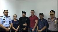 Turis Ceko minta maaf pada masyarakat Bali. (dok.Instagram @aryawedakarna/https://www.instagram.com/p/B1DUVZLHGXf/Henry