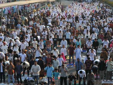 20150924- Shalat Idul Adha di Senen-Jakarta